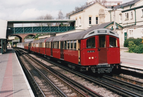 1959 stock at Finchley Road