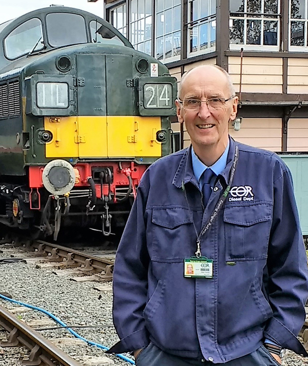 Chris Travers witht he Class 37 at Ongar