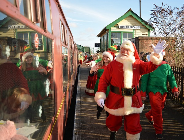 Does Mail Run On Christmas Eve.Santa S Special Trains