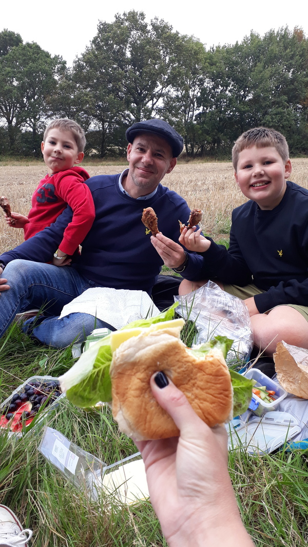 Family enjoy a picnic