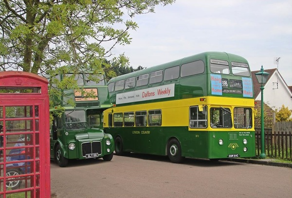 London Country Buses