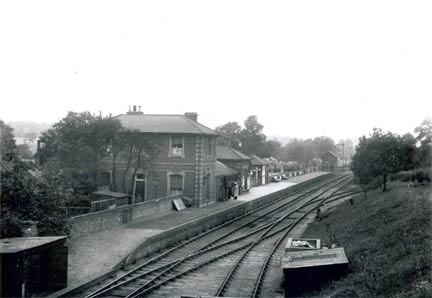 View from Ongar High Street looking down onto the Ongar platform, 1920's (Photographed by F. Spalding)
